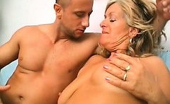 Hot granny is a big slut when some naughty fingers drills