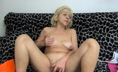 Nasty Old Woman Goes Crazy Rubbing