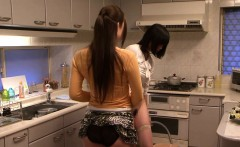 소녀를 핥고 있는 일본 동성애주부- 자유로운 포르노&성 비디오-Milf, 레즈비언, 핥는 것, Hd, 손가락으로 접촉하고 있는 포르노 비디오-2165113-포르노 관NuVid.com