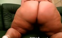 Stunnng blonde BBW teasing